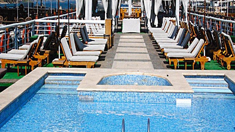 al-jamila-pool.jpg