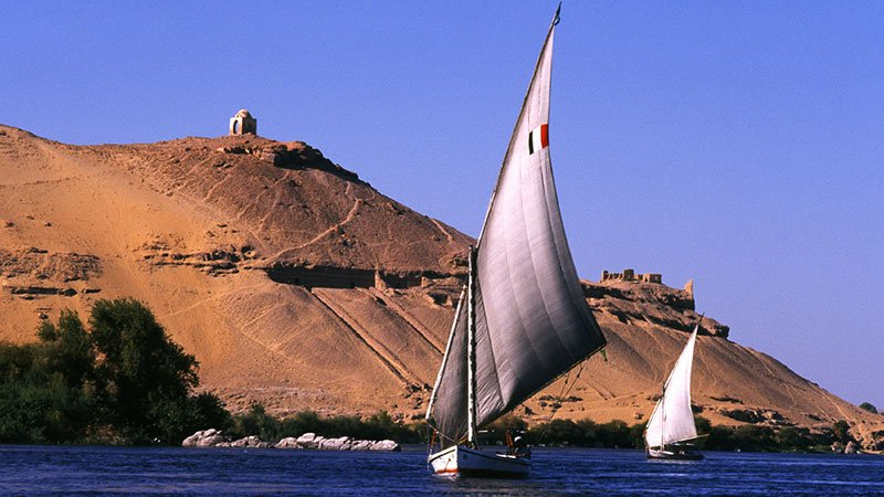 feluccas-aswan-egypt.jpg