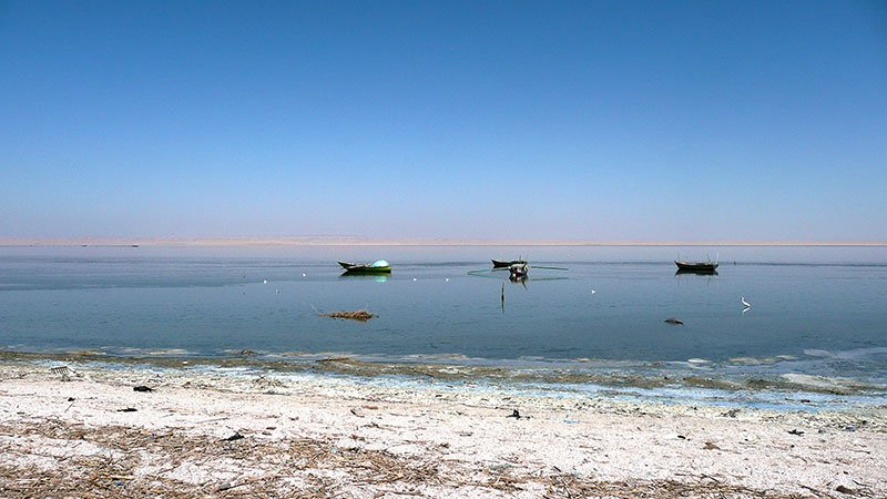 lake-bahariya-egypt.jpg