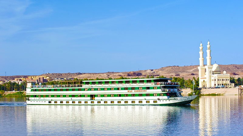 nile-cruiseboat-egypt.jpg