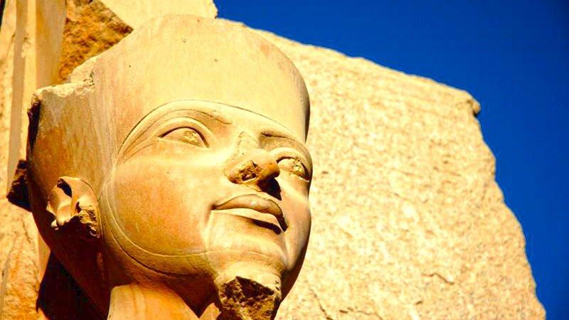 statue-karnak-luxor-egypt.jpg