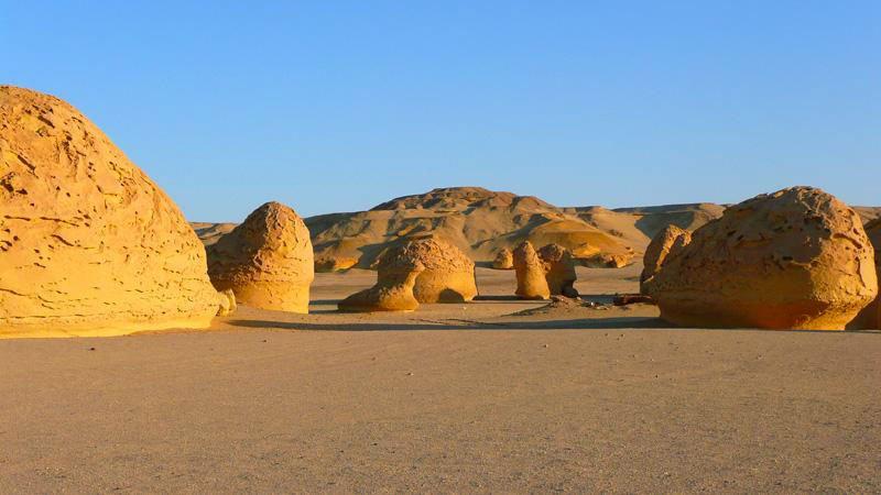 wadi-hitan-egypt.jpg