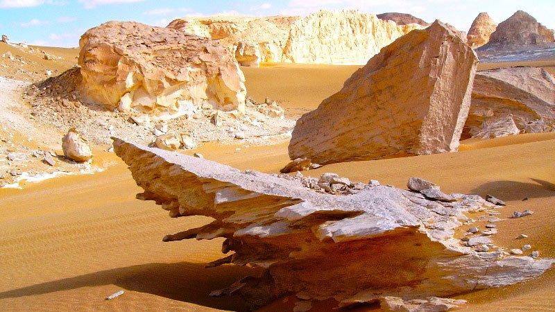 white-desert-egypt.jpg